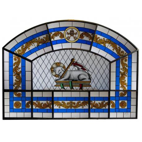 Vidrieras de la Iglesia de San Pedro Apóstol del Castillo de Locubín. (Jaén)
