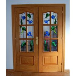 Vidriera puerta cuarterones campanillas azules