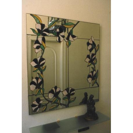 Espejo tiffany flores y cuarterones